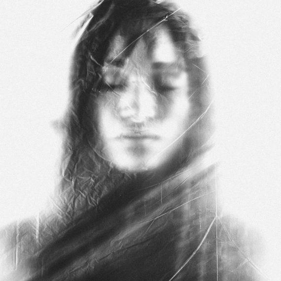 Kelly - Julie Lagier